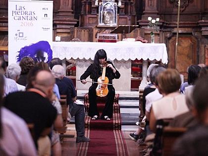 La iglesia de San Martín de Tours se llena con la música de Amarilis Dueñas